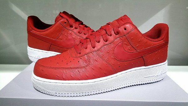 Men's Nike Air Force 1 07 LV8 Ostrich Gym Red White Sneakers