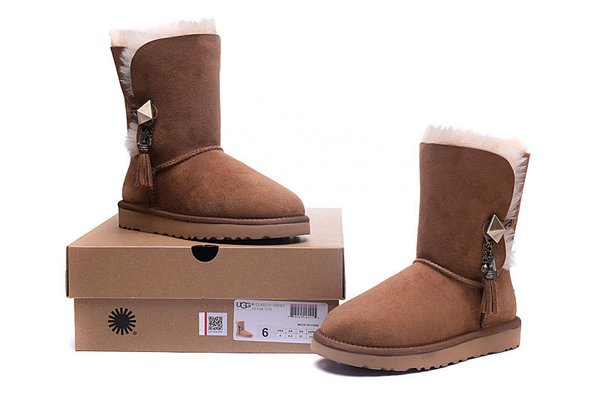 Ladies UGG Custom Brown Twinface Lilou Boots (USA LADIES SIZE 5 - 8 ONLY)