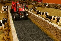 BT2093 Tarmac Country Lane by Brushwood 1:32 scale
