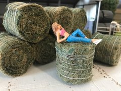 1 x FB035U Unwrapped Silage Bale 1:32 scale by HLT
