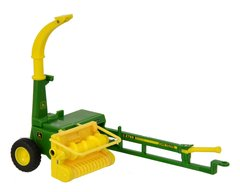 John Deere Trailed Harvester Boxed Britains 43152A1