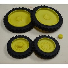 Set of 4 Row Crop Wheels 1:32 Scale by Artisan 32 37012/J + B