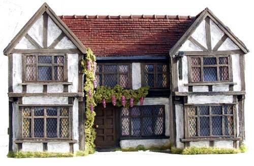 C06 Tudor Inn Pub Facade by JG Miniatures