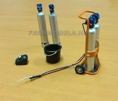 Welding Gas Bottle Set 1:32 Scale by Artisan 32 82145/04845