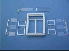 2 x Small Casement Windows 1:32/1:35 Scale FB410
