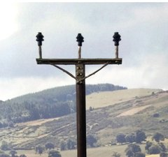 FB064 Electricity Poles 1:32/1:35 Scale by HLT Miniatures
