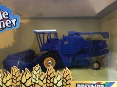 Britains Little Farmer Rare Blue Combine Harvester Boxed 40560