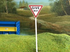 FBS02 Road Sign Post Give Way1:32 Scale by Minia-Cn