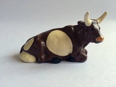 Repainted Britains Lying Down Lead Cow For Conversion 1:32 Scale