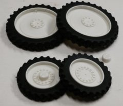Set of 4 Row Crop Wheels 1:32 Scale by Artisan 32 37012/W+B