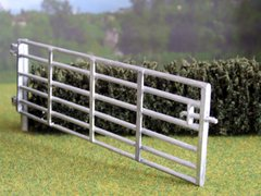 Gate and Post Set 15ft 1:32 Scale by HLT Miniatures WM035-15