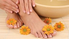 Classic Spa Mani-Pedi with Feet Paraffin