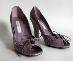 Marc Jacobs Lilac All Leather High Heel Peep Toe Bow Front Court Shoe UK 4.5 EU 37.5