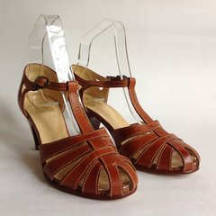 Briggs 1980s Vintage Tan All Leather Mary Jane T Bar Sandals Shoes