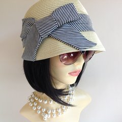 Marks & Spencer 1940s Vintage Inspired Summer Cloche Hat Black & White Bow S/M