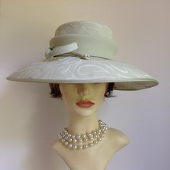 Mansfield Clothes London Formal Hat Pale Green Fabric Wedding Church Goodwood