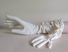 Treble Tee 1950s Stretch Nylon Simplex Ivory Vintage Evening Gloves Size 6 1/2