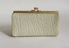 An Unbranded Vintage 1950s Coin Purse With Kiss Clasp In Butter Cream Textured Leather With Black Suede Lining