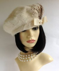 Kangol Ivory French Style 1960s Beret With Lovely Feather Detail To Front. 22 inches