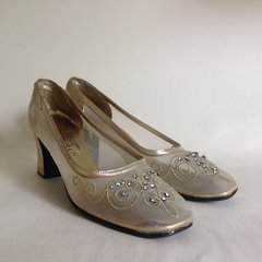 Mondaine 1960's Gold Leather Beaded Court Shoe UK Size 5