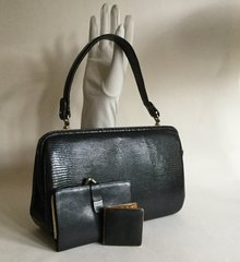Lizard Skin Black 1940s Vintage Handbag Powder Compact Leather Lining Purse A005