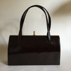 R.P Allen Brown Faux Patent 1960s Vintage Handbag With Suede Lining And Elbief Frame Kelly Bag Mad Men