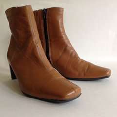 Clarks Tan Leather Square Toe Mid Heel Zip Up Ankle Boots UK 5 EU 38