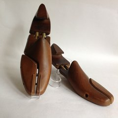 J M Weston Unlabelled Split Hinged Dark Wood Men's Shoe Trees UK 7 EU 41M Decor Props