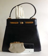 SUSAN HANDBAGS LONDON  Medium sized 1960s Black All Leather Vintage Handbag With Purse Mirror and Leather Lining