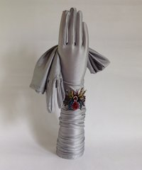 "Vintage 1960s Style Silver Nylon Lurex Stretch Opera Gloves 22"" Size 7 Approx"