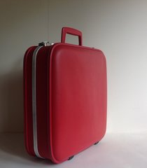 Panther Red Luggage Overnight Case In Vinyl Grey Quilted Fabric Lining Two Keys