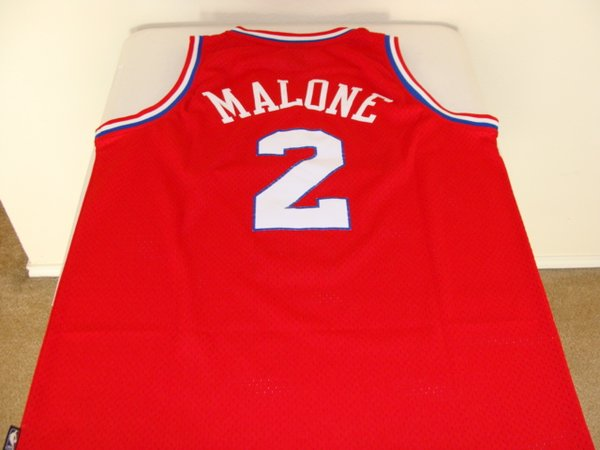 ff060745714 ... 2 MOSES MALONE Philadelphia 76ers NBA Center Red Throwback Jersey ...