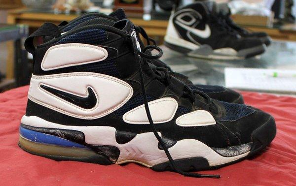Nike Air Max--Size 11