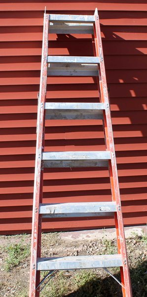 6' Fiberglass Double Step Ladder
