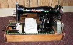 Hoover Sewing Machine De-Luxe w/ Case