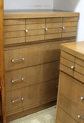 1960's Chest of 4 drawers/dresser