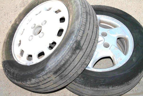 """12 Slot 15"""" Wheels w/  Federal 195/65R15 tires x 2"""