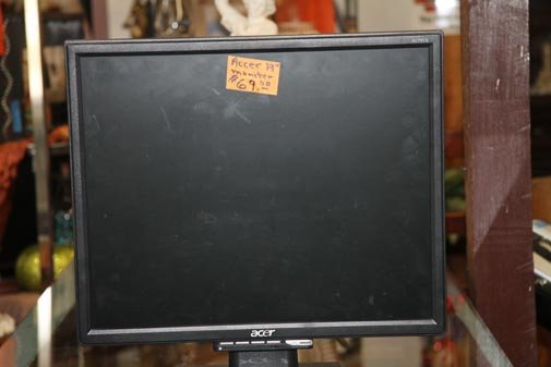 "Acer 19"" LCD Monitor"
