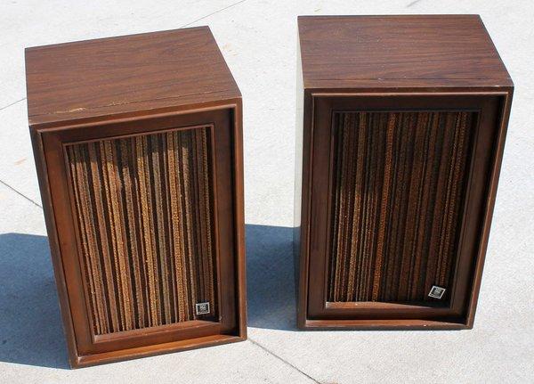 Magnavox S-8755 Air Suspension Speakers