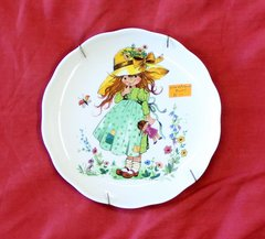 Garden Girl in Green Dress-Vohenstrauss Collector Plate