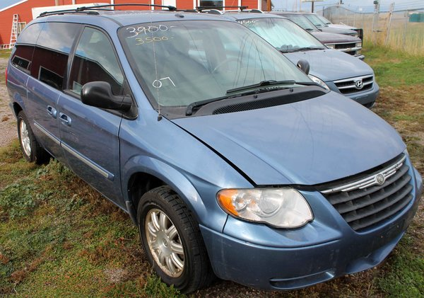 2007 Chrysler Town & Country Touring Edition Mini Van