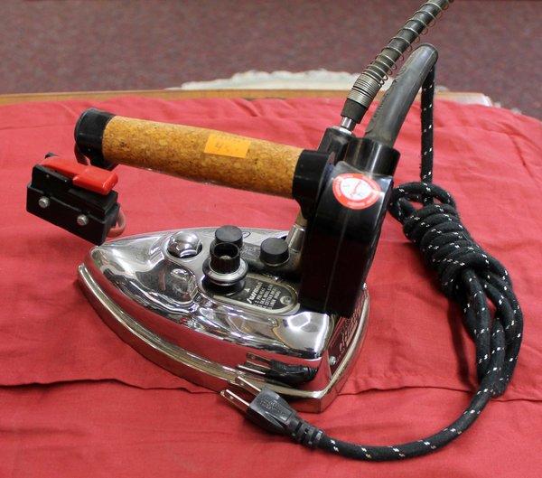 Sussman Pressmaster R92 Steam Iron