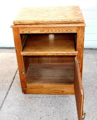 Small Oak Entertainment Center w/ Pull Out