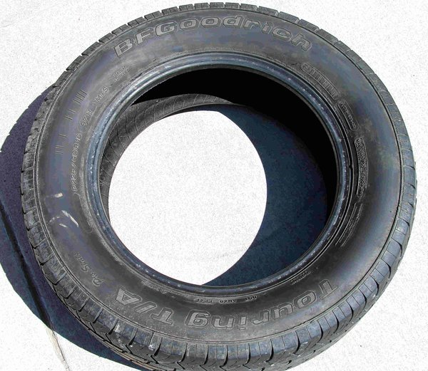 P225/60R16-BF Goodrich Touring Tire 50%Tread