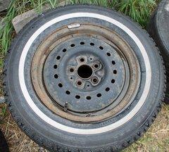 "5 Lug/ 4 3/4"" Cntr Hole Rim--P185/75R14 Hankook Snow Radial--35% Tread"