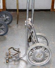 Bag Boy Deluxe Golf Pull Cart