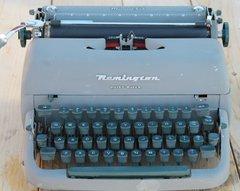 1950's Remington Quiet Riter Manual Typewriter