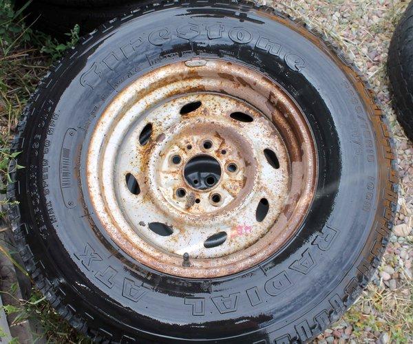"""5 Lug/4 1/2"""" Cntr Hole--P235/75R15 Firestone Radial ATX"""