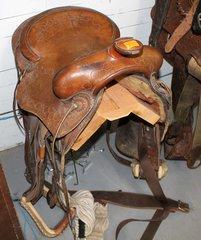 """15"""" Saddle w/ Buckskin Wrap Stirrup"""