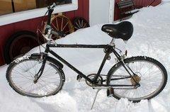 Black Schwinn Cruiser Mens Mountain Bike/Bicycle